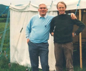 David Woods (left) with Major Jeremy Groves at the SLC camp in 1990
